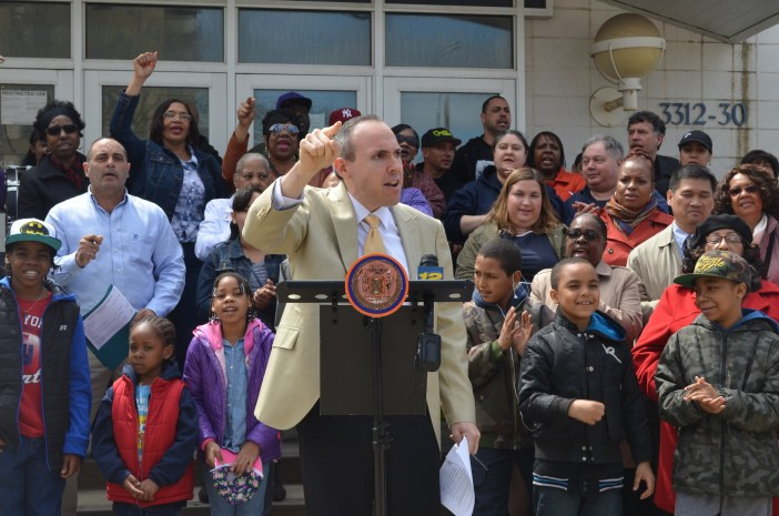 City Councilman Mark Treyger joined with Coney Island residents to demand the city purchase the former F.E.G.S. building. (Photo: Alex Ellefson / Sheepshead Bites)